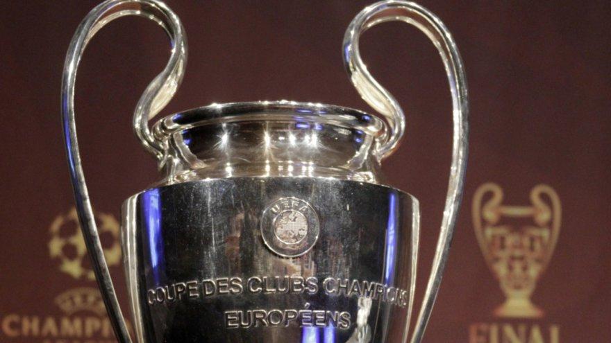 Ligue des champions lyon paris et monaco sont sur un bateau le monde du sport - Coupe de ligue des champions ...